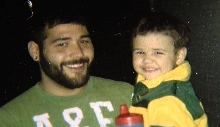 Chris Mintz, l'eroe sopravvissuto alla sparatoria in Oregon