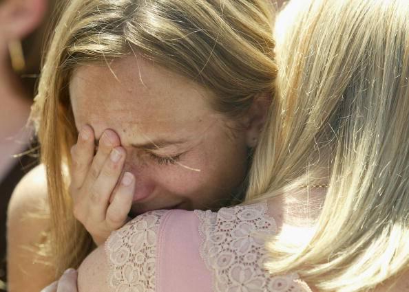Donna in lacrime (Adam Pretty/Getty Images)
