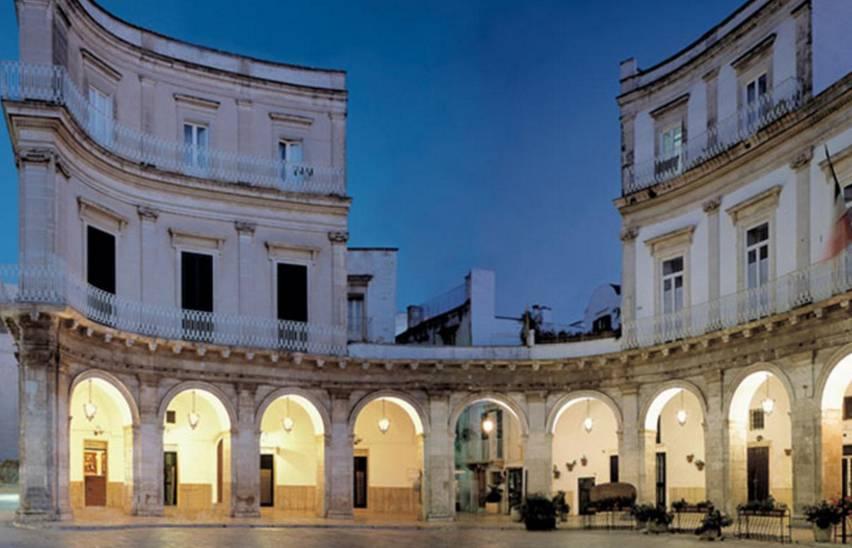 Puglia, scoperte 10 case del sesso in una città di 50mila abitanti