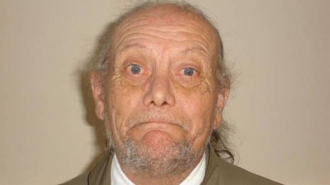 Pedofilo torturato, seviziato e ucciso dai vicini di casa