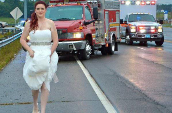 Il padre resta coinvolto in un incidente, ecco cosa fa la sposa…