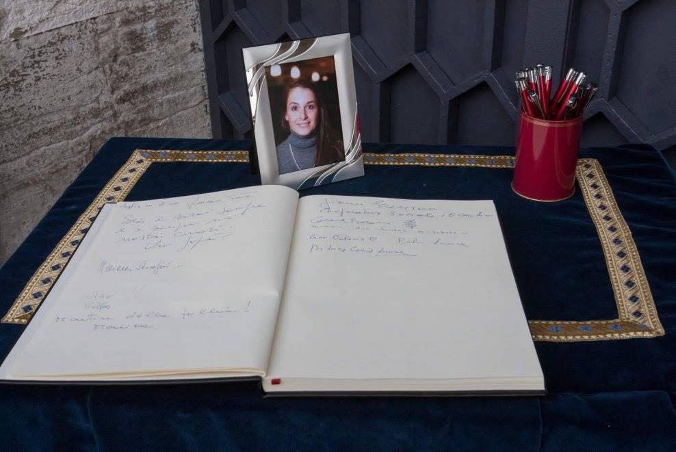"L'ultimo saluto a Valeria: ""L'Islam è innocente"" VIDEO"