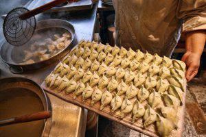Mega sequestro in un ristorante cinese, 100 chili di cibo avariato