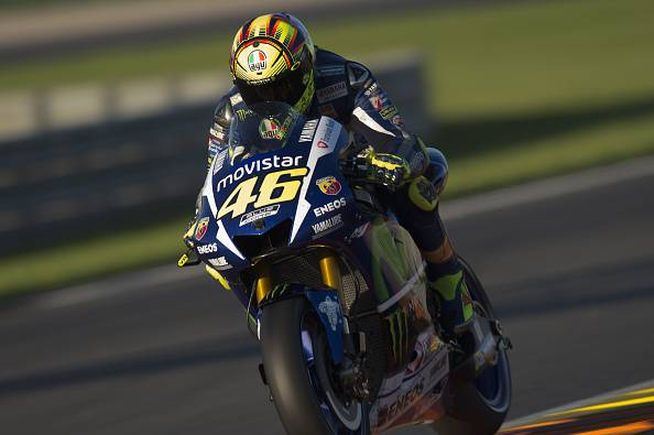 Valentino Rossi of Italy and Movistar Yamaha MotoGP heads down a straight during the first day of MotoGp Tests In Valencia at Ricardo Tormo Circuit on November 10, 2015 in Valencia, Spain. (Photo by Mirco Lazzari gp/Getty Images)