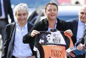 Tito Boeri e Matteo Renzi (Pierre Teyssot/AFP/Getty Images)