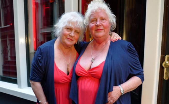 Fokkens sorelle gemelle prostitute