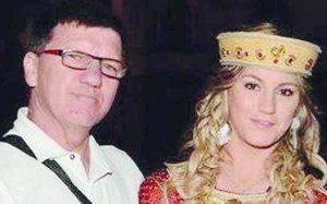 Schianto mortale in scooter, papà muore di fronte alla figlia