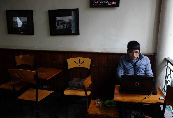 Internet café (HOANG DINH NAM/AFP/Getty Images)