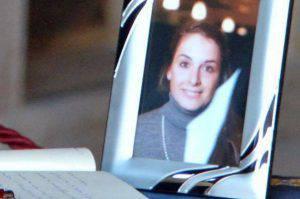L'omaggio a Valeria Solesin (websource)