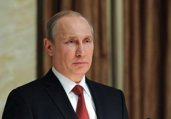 """Ex consigliere di Obama: """"Solo Putin può fermare l'Isis"""""""