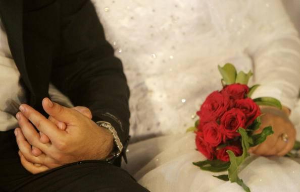 Matrimonio In Ambulanza : L arrivo in chiesa dello sposo non è mai stato così insolito