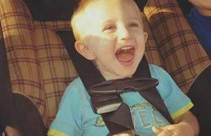 Abbandonano il figlio per drogarsi, bimbo di 2anni muore di freddo