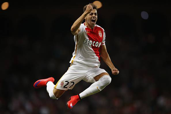 Stephan El Shaarawy (Photo credit should read VALERY HACHE/AFP/Getty Images)