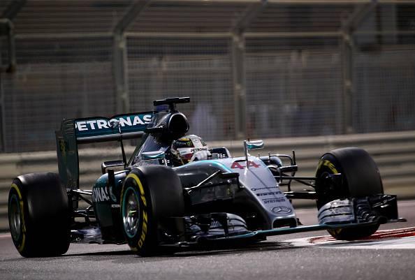 Lewis Hamilton (Photo credit should read MARWAN NAAMANI/AFP/Getty Images)