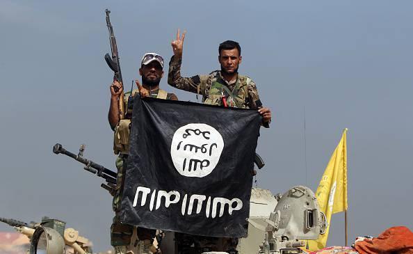 Bandiera dello Stato Islamico (AHMAD AL-RUBAYE/AFP/Getty Images)