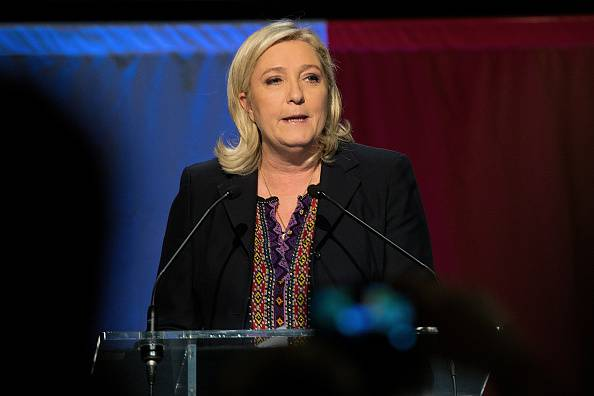 """Marine Le Pen: """" Per noi 6,6 milioni di voti, il 2017 è vicino…"""""""