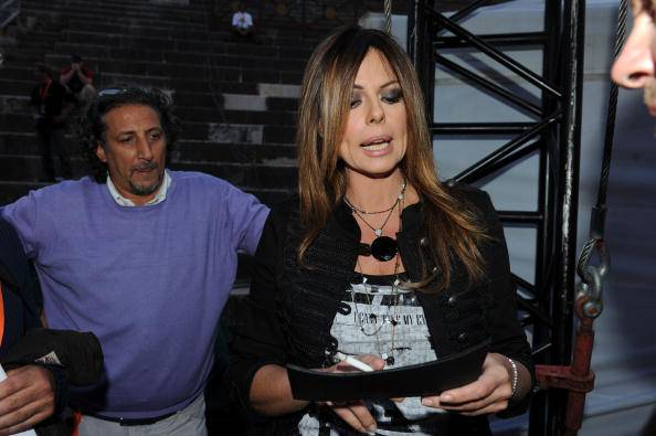 """Paola Perego non ci sta: """"Ingiusto cancellare il mio programma, RAI piena di codardi"""""""