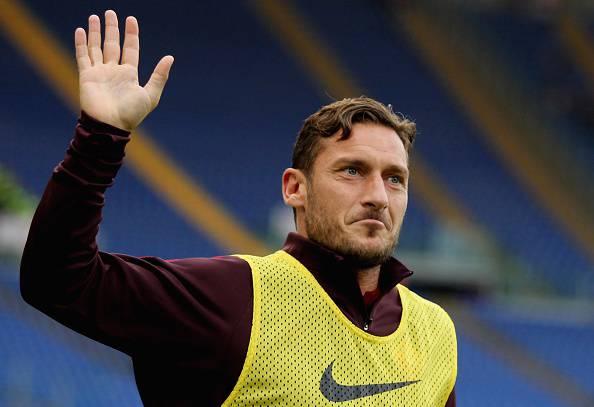 Roma, Ilary Blasi annuncia il ritiro di Francesco Totti!