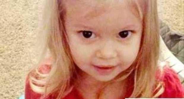 Brianna, morta a due anni dopo aver ingerito una pila