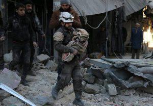 Il massacro di Deir Ezzor (KARAM AL-MASRI/AFP/Getty Images)