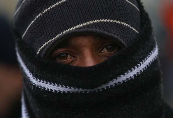 Profughi torturano e violentano 19enne nella comunità