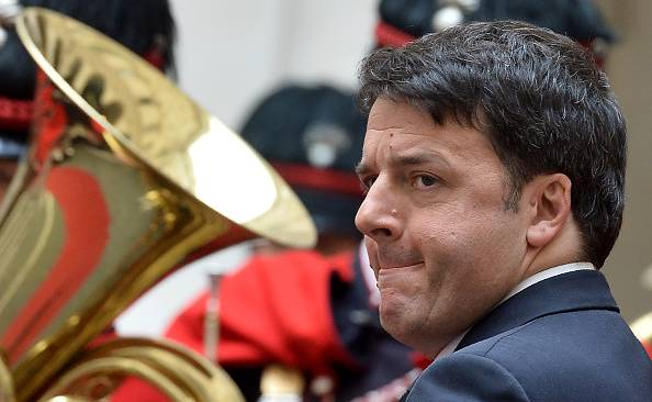 Le ricette economiche di Renzi convincono sempre meno