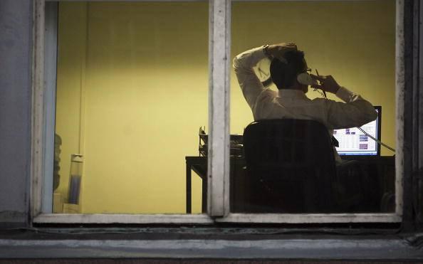 """""""Stai seduto più di tre ore al giorno"""": rischi la vita. Lo dice la scienza"""