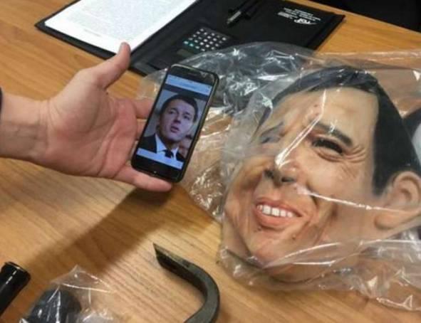 Rapinatori usavano la maschera di Renzi per i loro colpi