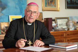 Monsignor Pieronek (Web)
