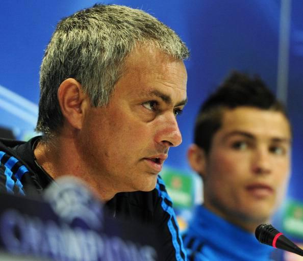 Jose Mourinho e Cristiano Ronaldo (Photo credit should read JAVIER SORIANO/AFP/Getty Images)
