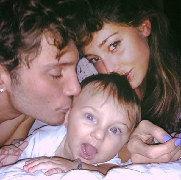 Belen, Stefano e il piccolo Santiago (Foto dal web)