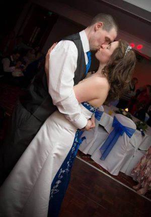 MS-sufferer-dances-on-wedding-day