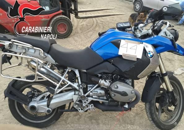 Una delle moto rubate (foto Carabinieri)