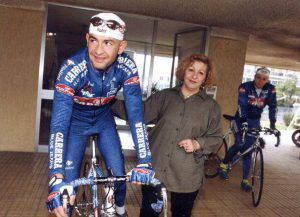 Marco Pantani con mamma Tonina (AFP/Getty Images)