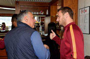 Francesco Totti e James Pallotta (Photo by Luciano Rossi/AS Roma via Getty Images)