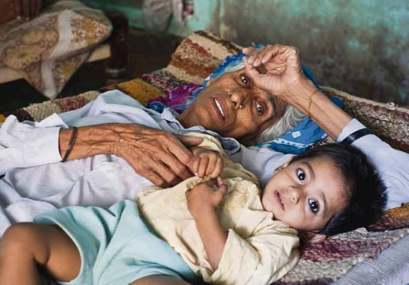 Daljinder Kaur e il figlio (Tumblr)