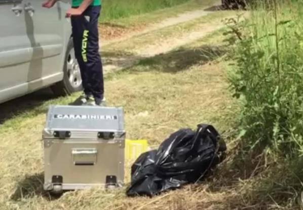 Cadavere nel campo: rivelata l'identità della vittima
