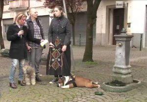 Le due donne e i loro cani intervistate da La vita in Diretta