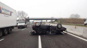 Auto ribaltata (foto dal web)