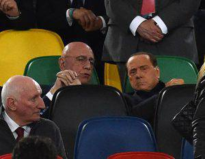 Adriano Galliani e Silvio Berlusconi (Photo by Giuseppe Bellini/Getty Images)