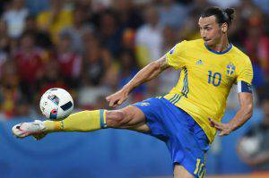 Zlatan Ibrahimovic (Photo credit should read BULENT KILIC/AFP/Getty Images)