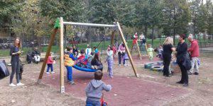 Il parco giochi in cui l'uomo ha molestato i bambini (Web)