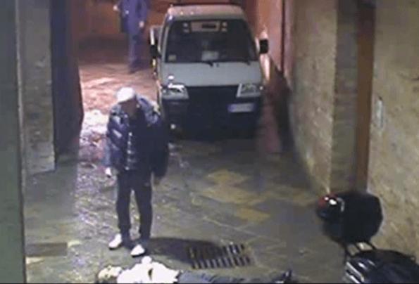 David Rossi VIDEO CHOC: si vede caduta, poi due uomini…