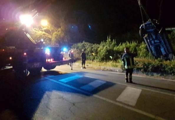 Scontro suv-moto, due giovani morti sul colpo