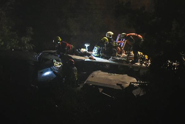 Belgio: scontro fra treni, 3 morti e 40 feriti, 9 i gravi