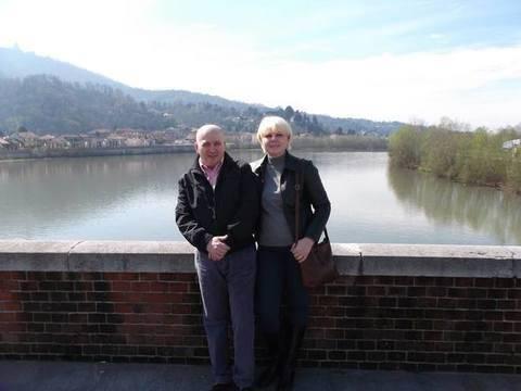 Coppia trovata morta a Torino, lui impiccato lei accoltellata
