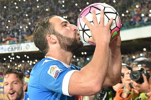 Napoli, Arsenal su Higuain: 60 milioni più Giroud