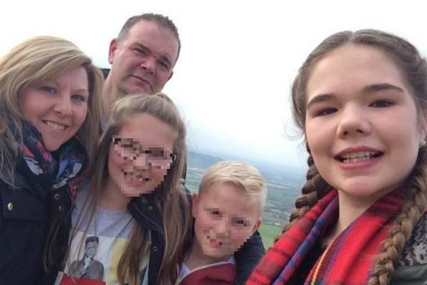 Emily è morta a 14 anni in un incidente: l'ultimo sms del padre