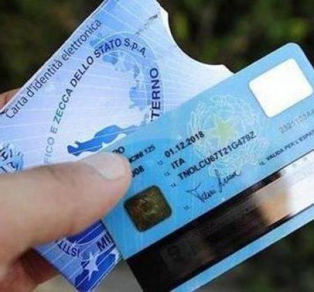 Ecco la carta d'identità elettronica: tutto quello che dovete sapere