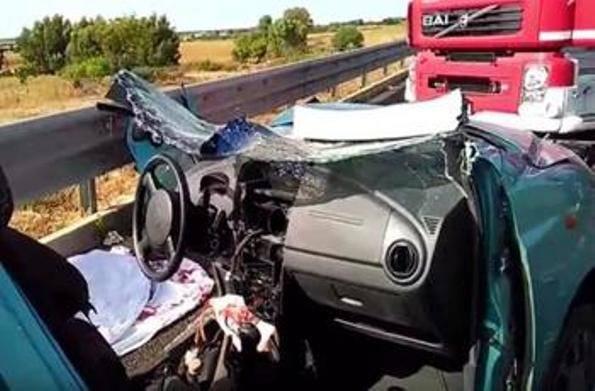Olmedo: pirata della strada uccide due donne